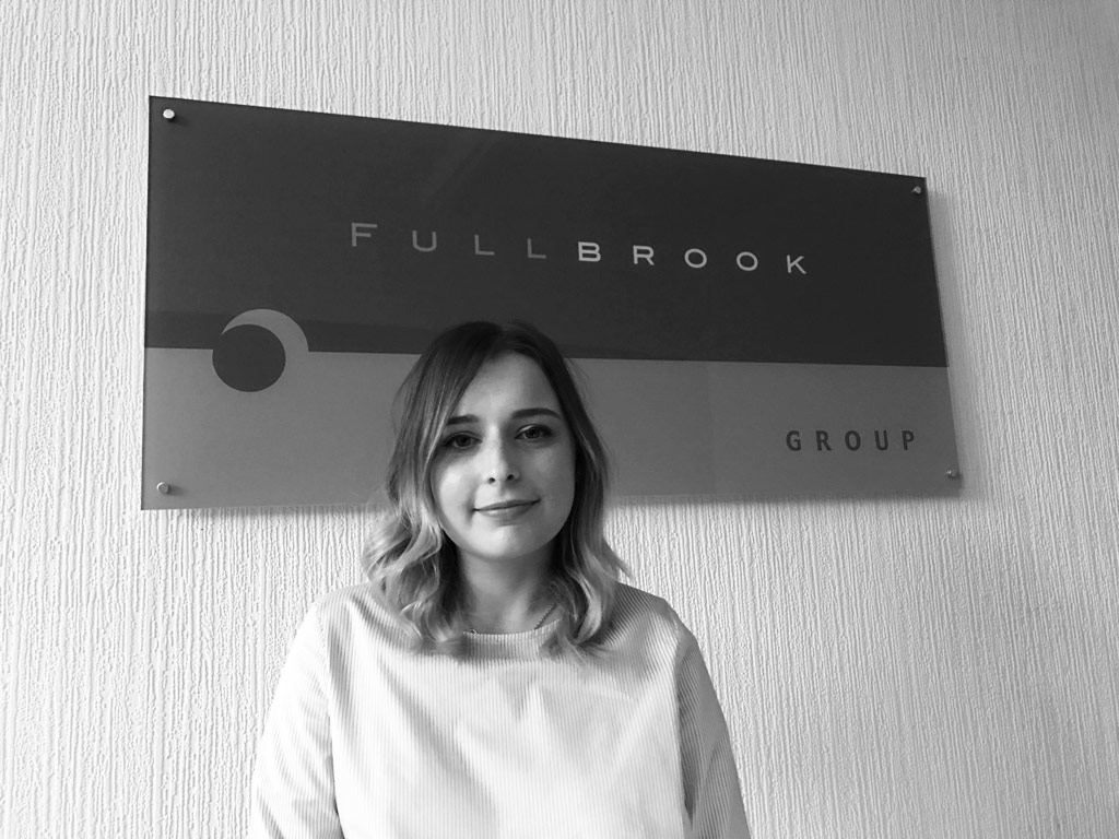 Kirsty Bottomley Junior Headhunter and Lead Researcher Fullbrook Consulting